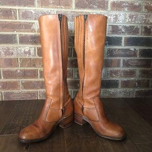 Vintage Bort Carleton Boot. Size 7-7.5